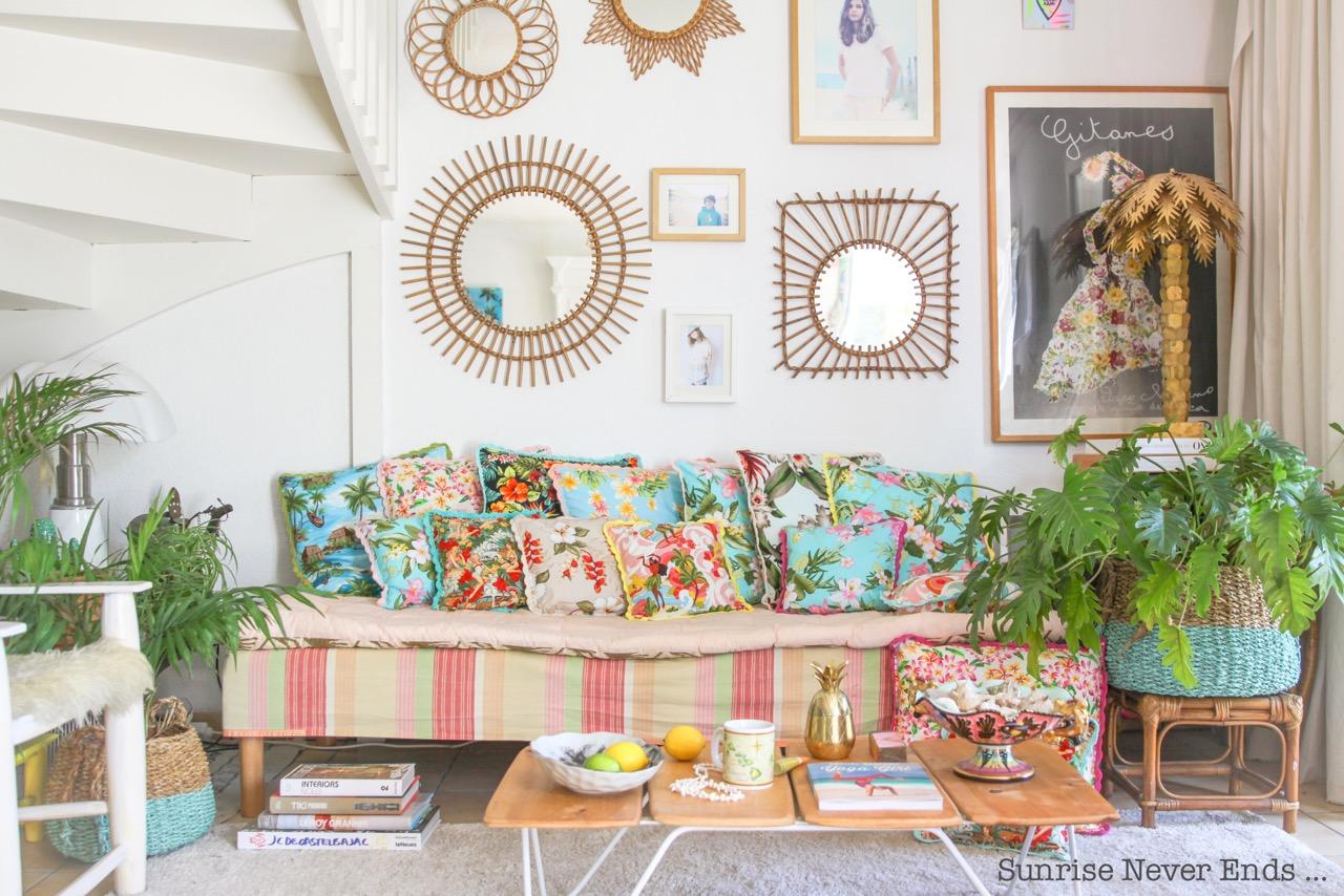 home sweet home,a beachy life,coussins,tissu hawaiien,crochet,handmade,hossegor,france,décoration,inspiration,bohostyle,bohemian,villa la bohème,sunrise never ends