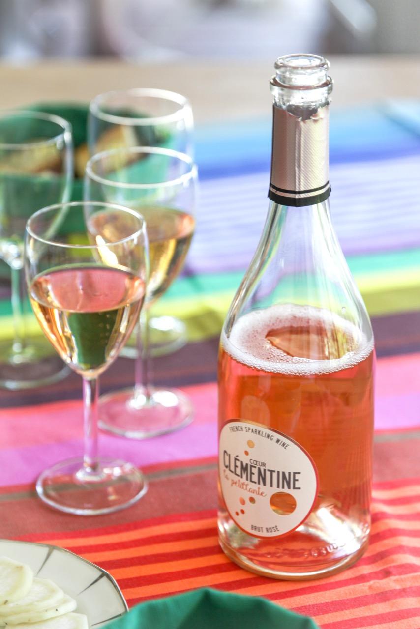 opinel,la belle iloise,conserves,couteaux,tissage de luz,linge basque,linge de table,coeur clémentine,rosé,vin,provence,lifestyle,food,cuisine,brunch