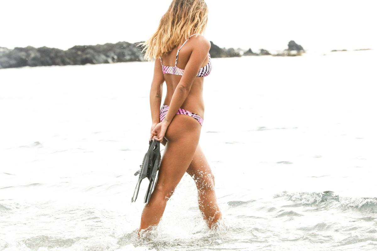 samudra,amuse society,hawaii,mason rose,arvo,photographe,brooklyn hawaii,collab,swimwear,neoprene,surf,surfer girl,beach girl,beach vida aloha,lookbook,mode