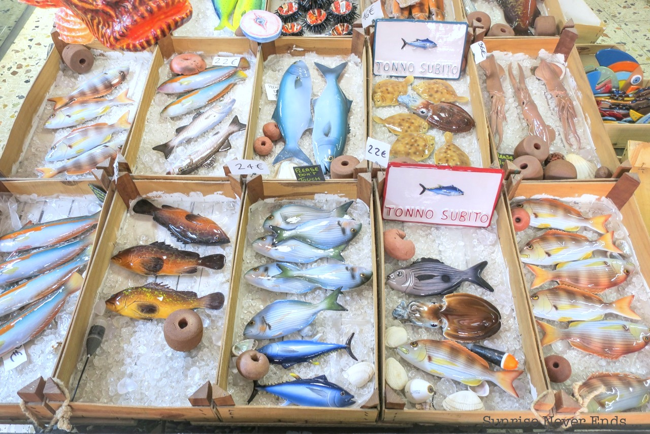 syracuse,sicile,italie,sicilianroadtrip,travaille guide,shopping,travel,voyages,céramiques,poissons,poulpe