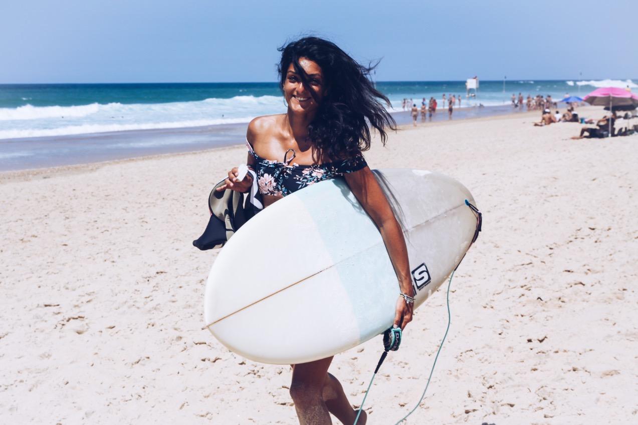 girl's crush,chloé,pantai pantai,créatrice,designer,hossegor,surf,surfer girl,billabong,billabong womens europe,surfwear,mode,fashion,beach girl,beach life,coussins,lightbox,darrigood surf school,louvine,restaurant,city guide,adresses,lifestyle,la gravière