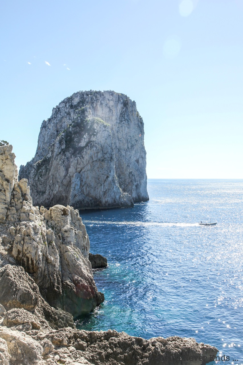 la fontelina,capri,plage,plage privée,jet-set,dolce vita,anitalianboattrip,italie,travel,travel guide,travel blogger,restaurant