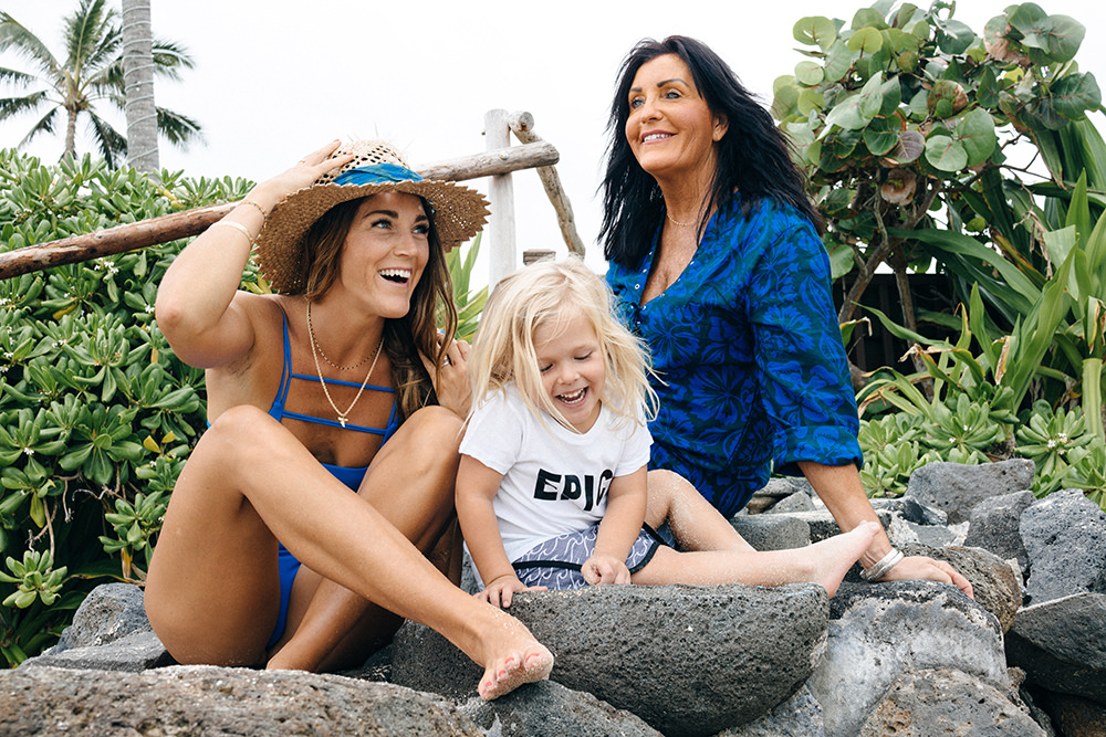 fete des mères,mihok,battons suit,swimwear,maillots de bain,dixie rose,meleana,jennifer,samudra,jenn lellenburg,gina davidson,kalani miller,oleema miller,hawaii
