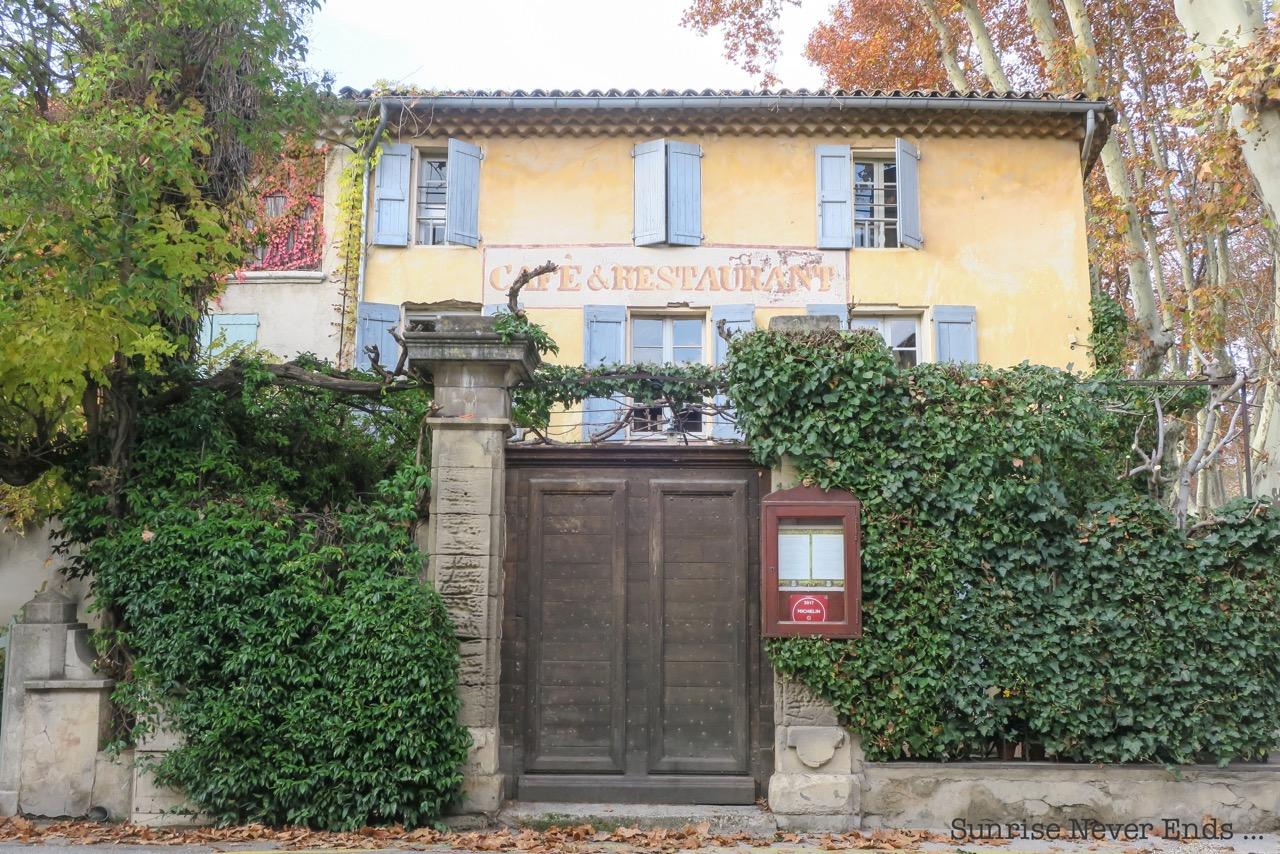 provence,roadtrip,voyage,travel,travel guide,alice et fantomette en provence,lourmarin,cucuron,roussillon