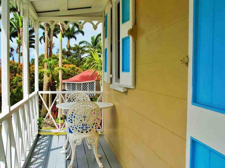 nevis island,caraibes,hotel,the hermitage plantation,moldboard,shopping,fashion,island,beachwear,billabong,toms,casio,penny skateboards