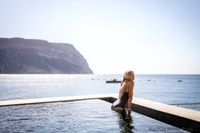 maillot de bain, fashion,mode,protest,léopard,piscine,valise,swimming pool, suitcase,travel,hotel,les roches blanches,cassis, lolita