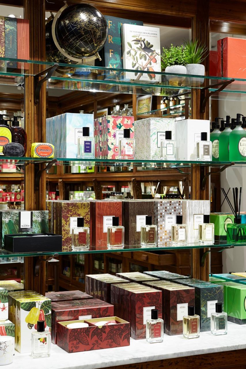 eaudetoilette,eaudecologne,musk,santal,vanille,neroli,tonna,fevesdetonka,parfumerie,paris,boutique granado à paris,granado,granadofarmacias,brésil,parfums,parfum,tonka