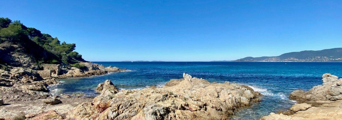 la croix valmer,saint tropez,sentier du littoral,la pinède plage,le château de valmer,marche,hike,méditerranée,nature,outdoor