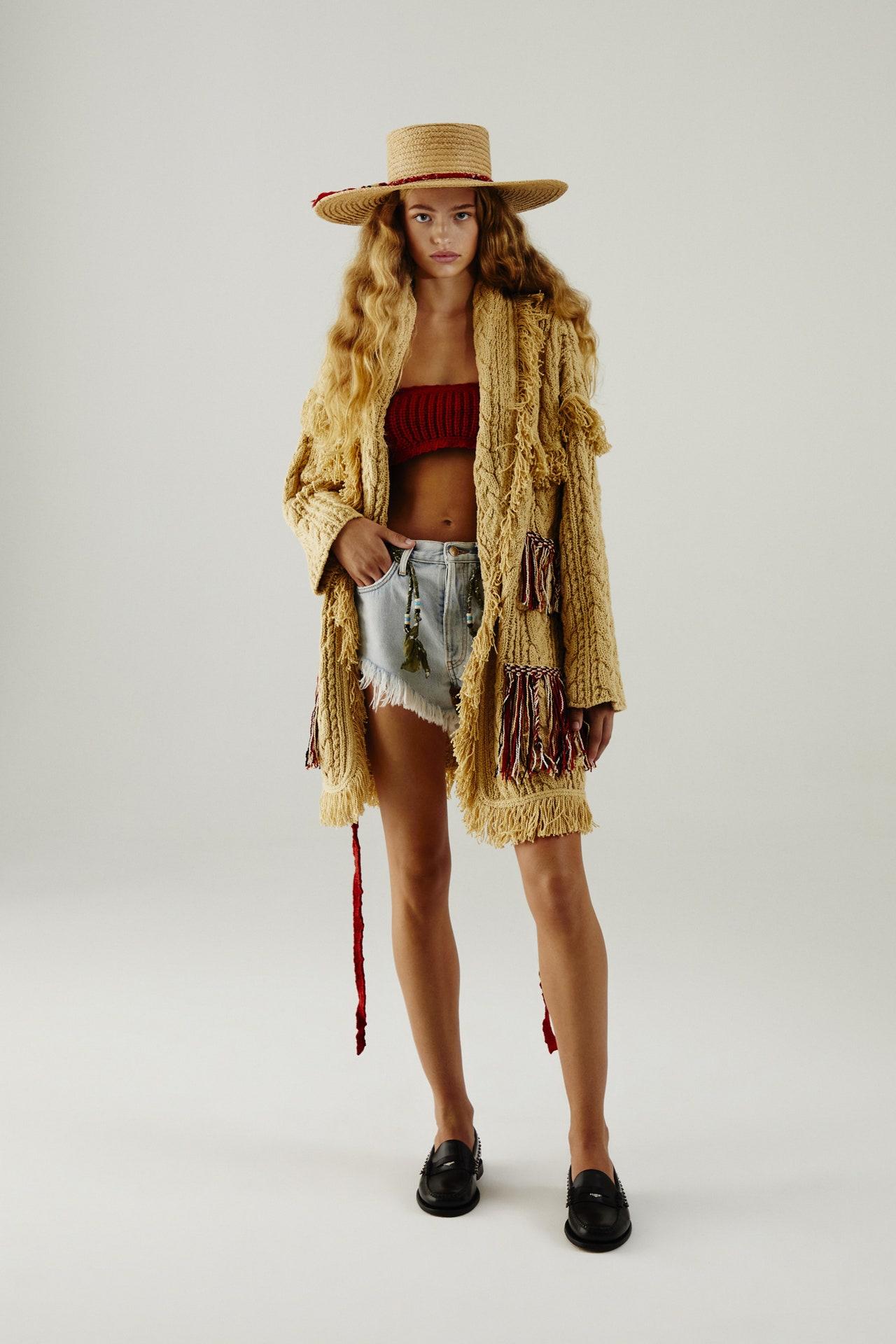 alanui,maille,tricot,ss21,jacquard,cachemire,luxe,fashion,knitwear,nicole oddi,carlotta oddi,indien,mocassins,chaussures bateaux,gypsy,hippies
